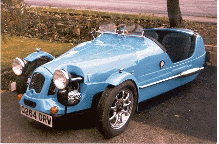 Rover-95-and-Morris-Oxford-for-sale