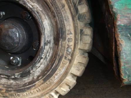 forklift-tyre-size